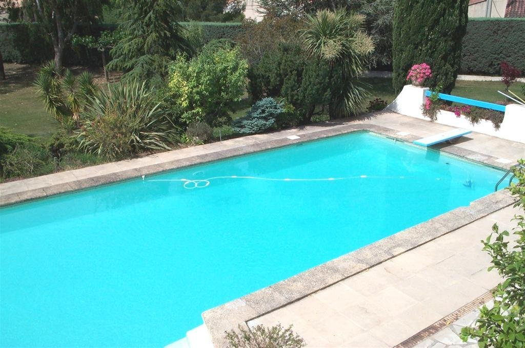 Piscines en eau for Couleur liner piscine blanc