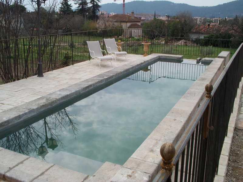 Etanch it polyester r novation ancien bassin de 200 ans - Petit bassin d eau dijon ...